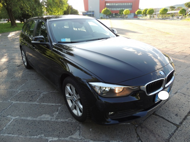 BMW 320 d 184 CV Touring New  Model F31 Immagine 1