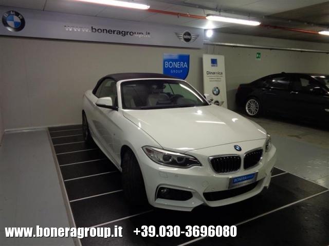 BMW 218 d Cabrio Msport Immagine 2