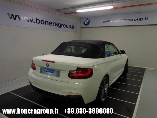 BMW 218 d Cabrio Msport Immagine 3