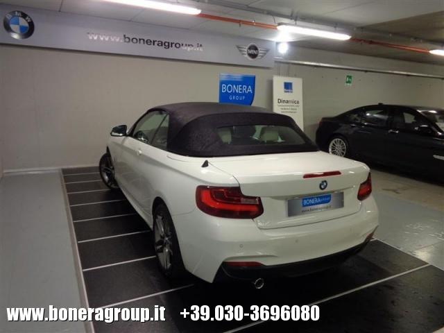 BMW 218 d Cabrio Msport Immagine 4