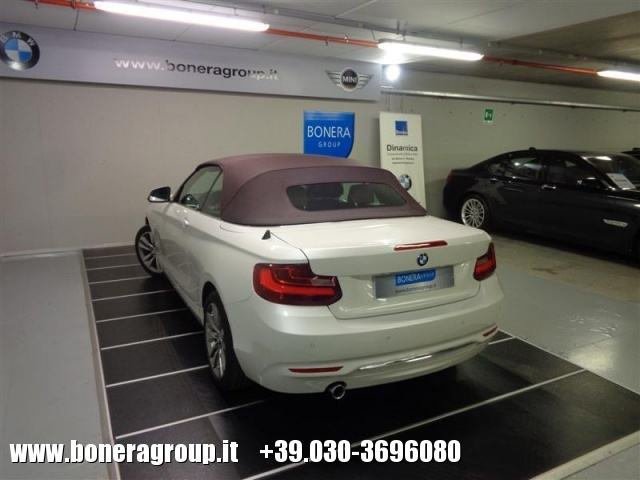 BMW 218 d Cabrio Luxury Immagine 4