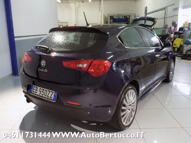 ALFA ROMEO Giulietta 1.4 T Distinctive +Premium pk. +Sport Pk. Immagine 4