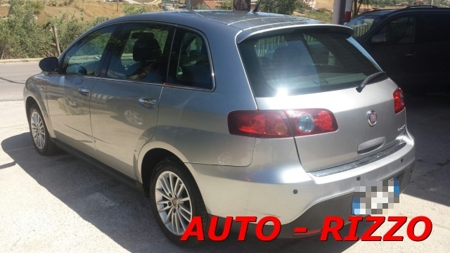 FIAT Croma 1.9 Multijet Emotion Immagine 2