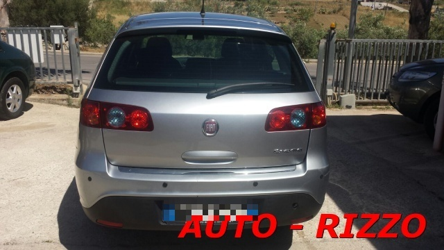 FIAT Croma 1.9 Multijet Emotion Immagine 3