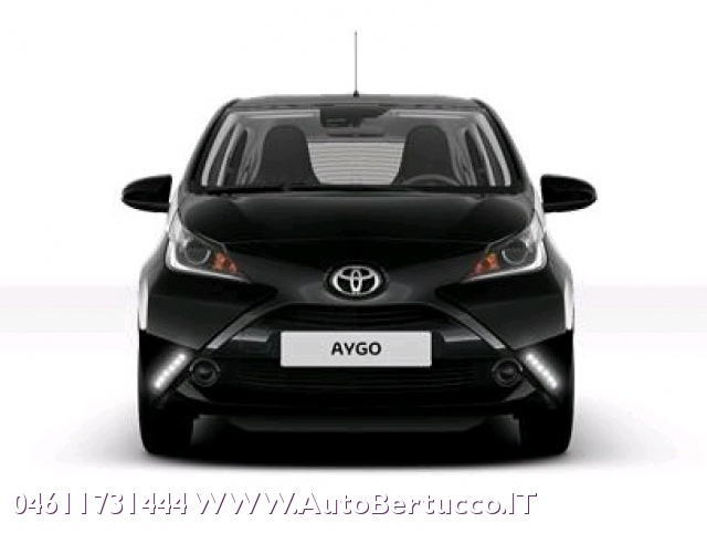 TOYOTA Aygo 1.0 5p x-play + X-Safety + X-Custom Immagine 3