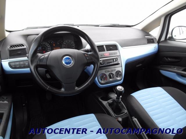 FIAT Grande Punto 1.4 5 porte Active *CLIMA* Immagine 4