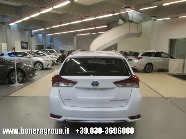TOYOTA Auris Touring Sports 1.8 Hybrid Active MY15 Immagine 3