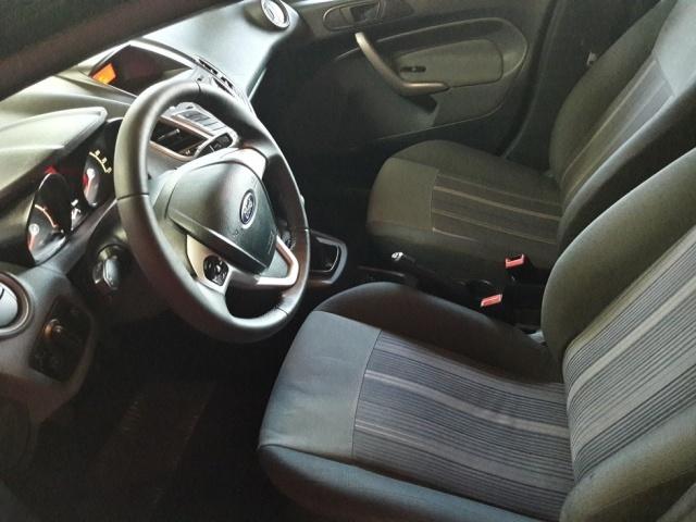 FORD Fiesta + 1.4 TDCi 68 CV 5p. Immagine 4