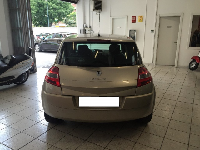 RENAULT Megane Mégane 1.6 16V 5p. GPL S.S. Extreme Immagine 3