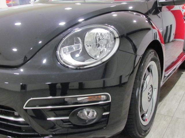 VOLKSWAGEN Maggiolino NEW Cabriolet 1.2 TSI Design 105CV MY '18 Immagine 4