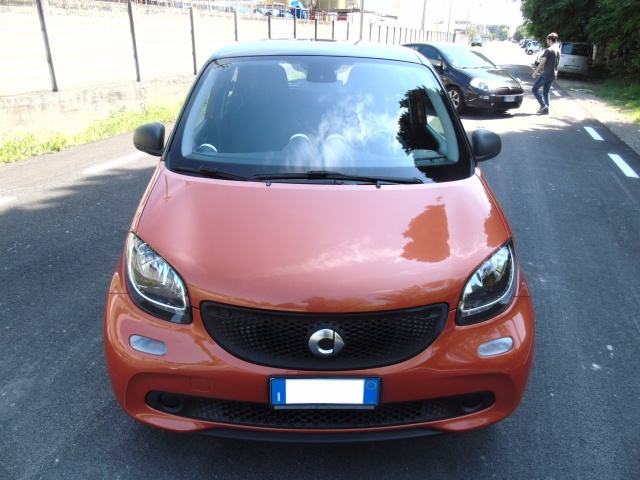 SMART ForFour 70 1.0 youngster  OK NEOPATENTATI Immagine 2