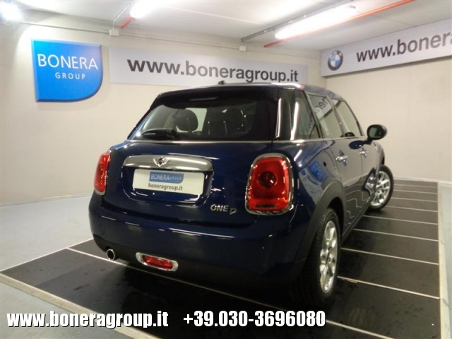 MINI One D 1.5 D Boost 5 porte Immagine 3