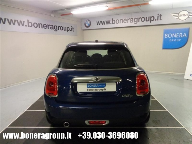 MINI One D 1.5 D Boost 5 porte Immagine 4