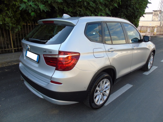 BMW X3 xDrive30dA 259 CV OCCASIONE 19.900 EURO !!! Immagine 3