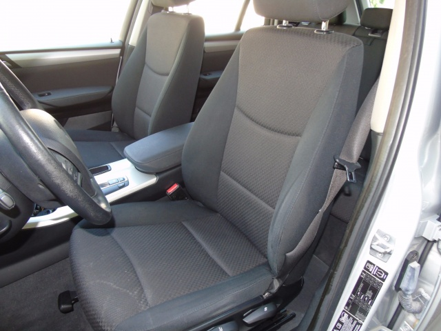 BMW X3 xDrive30dA 259 CV OCCASIONE 19.900 EURO !!! Immagine 4