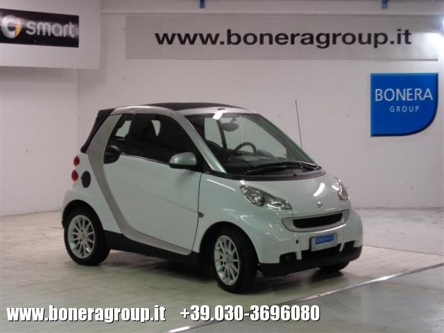SMART ForTwo 800 33 kW cabrio passion cdi Immagine 3
