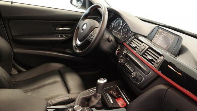 BMW 320 d Touring Sport Immagine 4