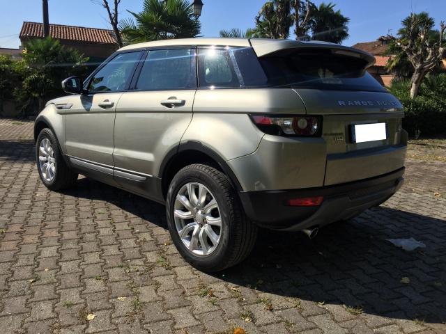 LAND ROVER Range Rover Evoque 2.2 TD4 150 CV MANUALE Pochissimi km Immagine 1