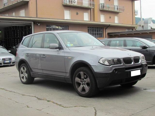 BMW X3 3.0d ELETTA CAMBIO AUTOMATICO 218CV Immagine 3
