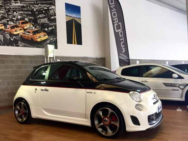ABARTH 595 1.4 Turbo T-Jet 160 CV Turismo Immagine 1