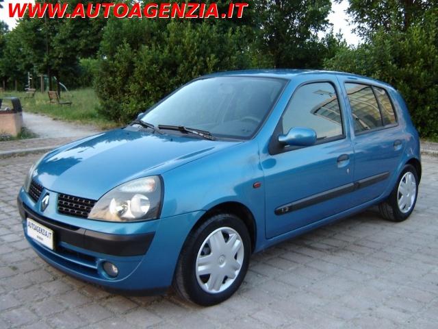 RENAULT Clio Blu metallizzato
