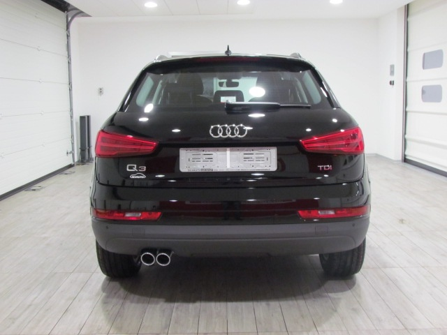 AUDI Q3 NEW 2.0 TDI BUSINESS S TRONIC 120CV EU6 - MY '18 Immagine 2