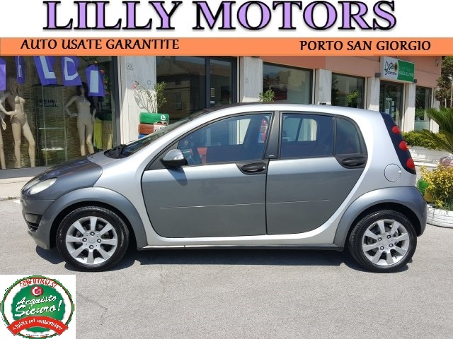 SMART ForFour 1.3 passion softouch - Automatica - LillyMotors Immagine 1