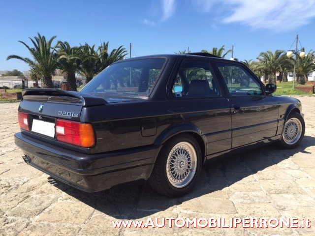 BMW 320 is M Power Immagine 2