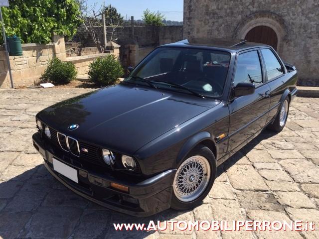 BMW 320 is M Power Immagine 0