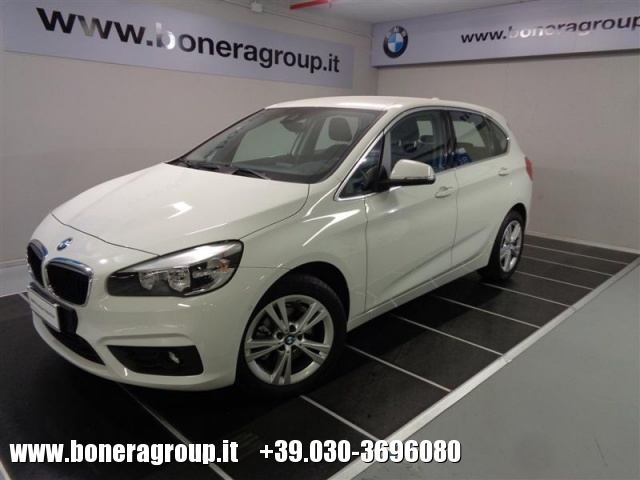 BMW 218 d Active Tourer Advantage autom Immagine 0