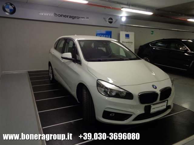BMW 218 d Active Tourer Advantage autom Immagine 3