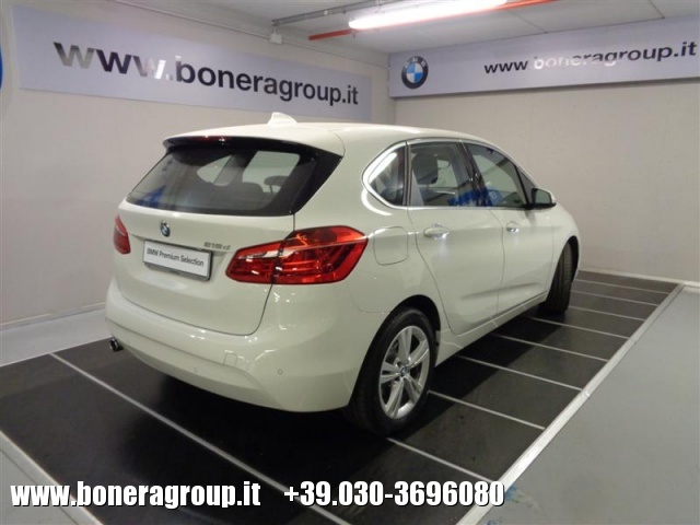 BMW 218 d Active Tourer Advantage autom Immagine 4