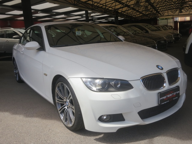 BMW 320 d cat Cabrio Msport Immagine 3