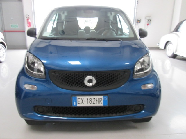SMART ForTwo 70 1.0 Youngster Immagine 1