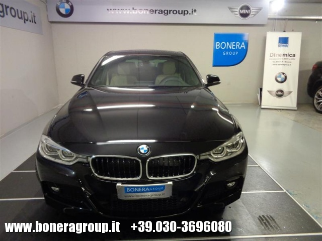 BMW 320 d xDrive Touring MSport Immagine 1