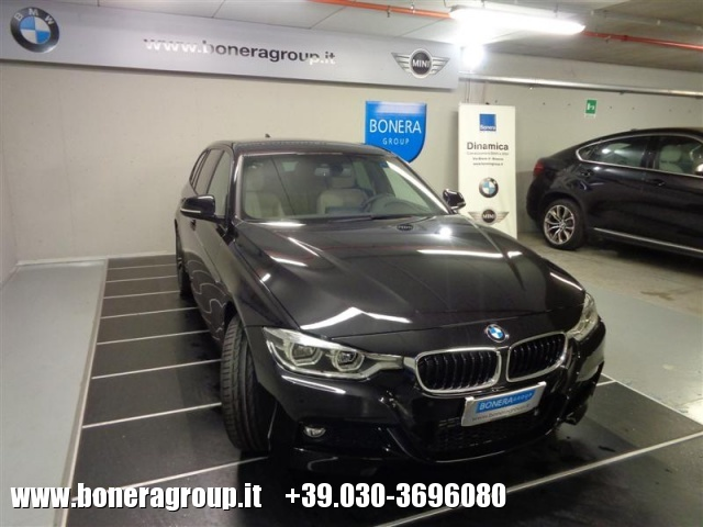 BMW 320 d xDrive Touring MSport Immagine 2