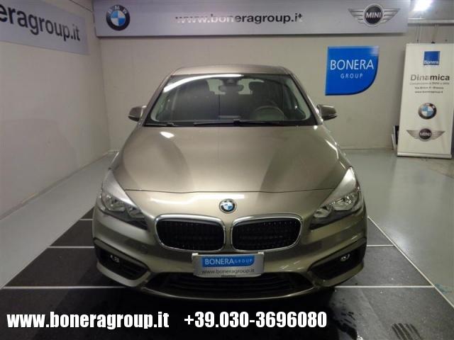 BMW 218 d Active Tourer Advantage Automatic Immagine 1