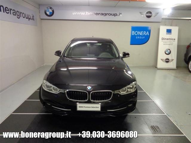 BMW 318 d Touring Sport - DOPPIO TRENO GOMME Immagine 2