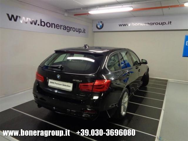 BMW 318 d Touring Sport - DOPPIO TRENO GOMME Immagine 4