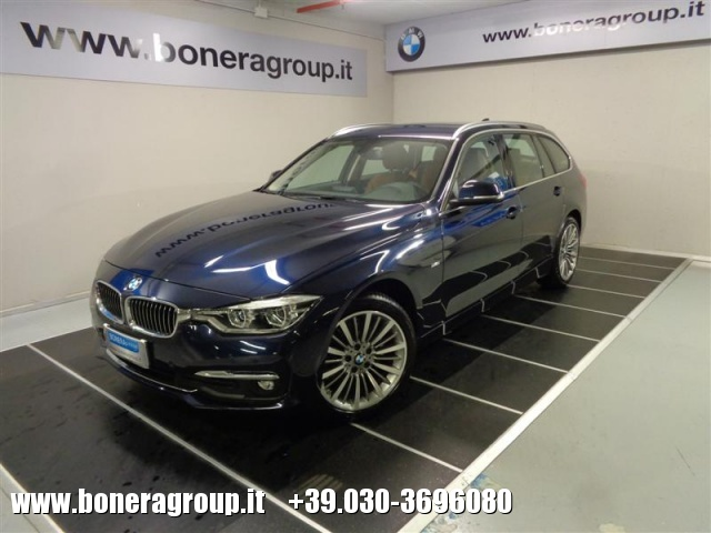 BMW 320 d Touring Luxury Immagine 0