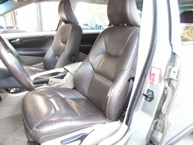 VOLVO XC70 2.4 D5 185CV AWD Immagine 4