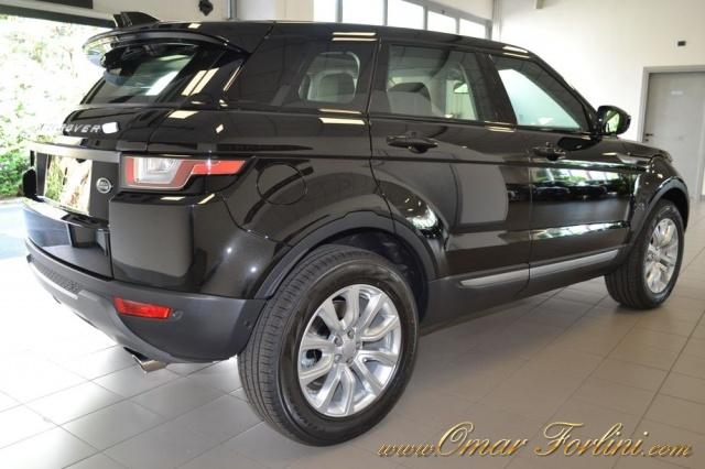 LAND ROVER Range Rover Evoque NUOVA 2.0 TD4 SE AUT.9m TETTO FULL PRONTA CONSEGNA Immagine 2