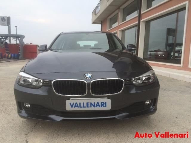 BMW 318 d Touring Modern Immagine 3