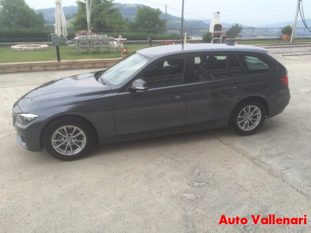BMW 318 d Touring Modern Immagine 4