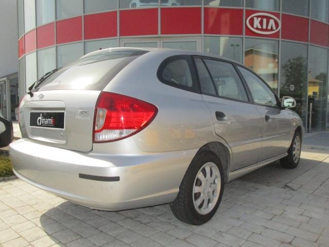 KIA Rio 1.3i cat 5 porte RS Comfort Station wagon Immagine 4