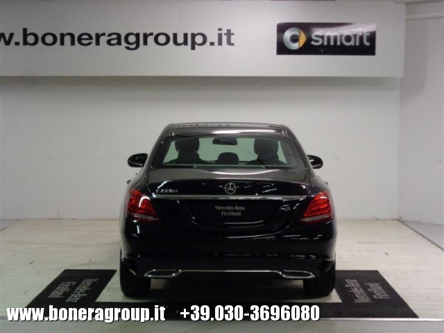 MERCEDES-BENZ C 220 d Automatic Sport Immagine 3