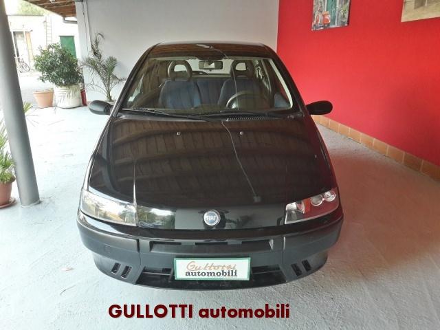 FIAT Punto 1.2i cat 3 porte EL Immagine 1