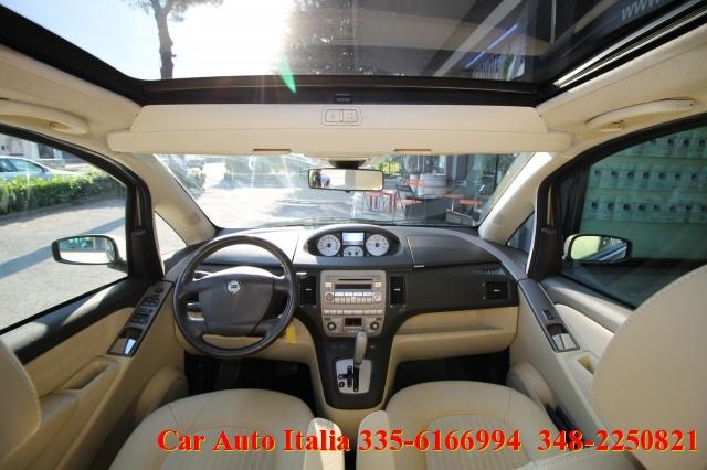 LANCIA MUSA 1.3 Multijet 16V Platino AUTOMATICA PANORAMA CLIMA Immagine 2