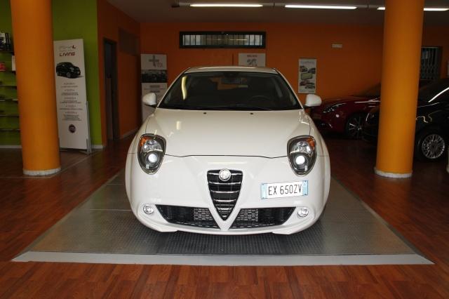 ALFA ROMEO MiTo 1.3 JTDm 85 CV S&S Distinctive CERTIFICATI Immagine 1