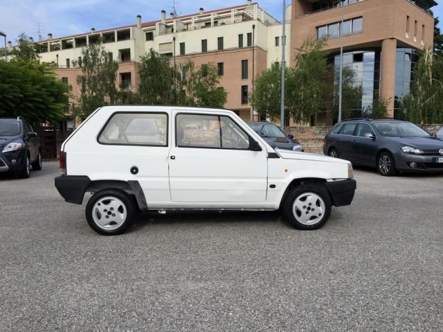 FIAT Panda 900 BENZ OK X NEOPATENTATI KM. ORIGINALI!!! Immagine 2